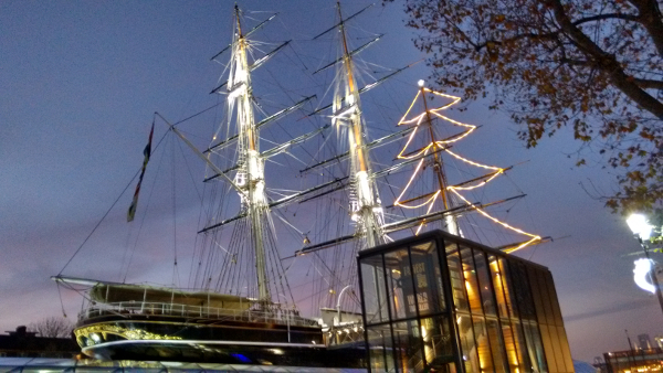 The Cutty Sark, preparing to cast off and catch the outgoing Yuletide